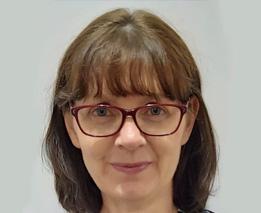 Dr. Julie van der Klift